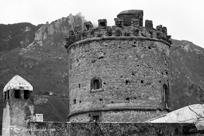 storia torre torone